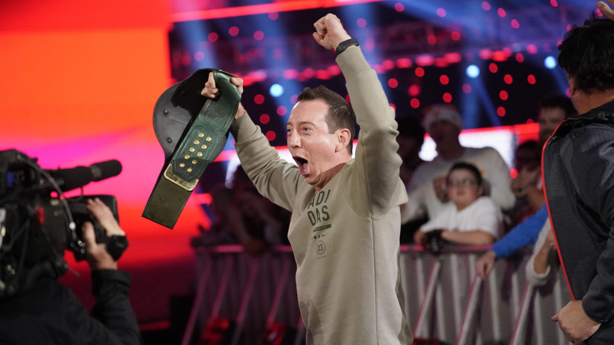 NASCAR's Kyle Busch wins WWE 24/7 championship title from R-Truth on Raw