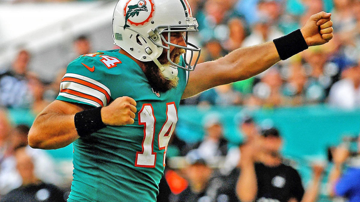 Dolphins GM 'fully expects' Ryan Fitzpatrick back in 2020