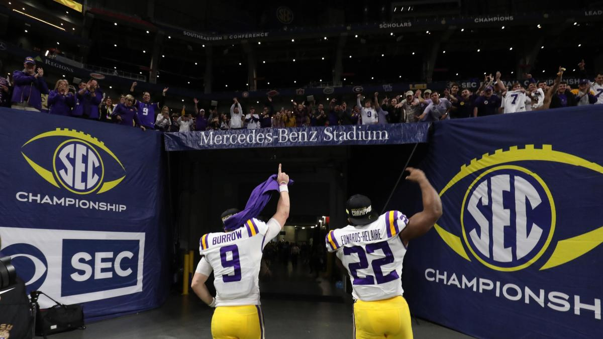 CBS college football viewership sets network's best mark ...