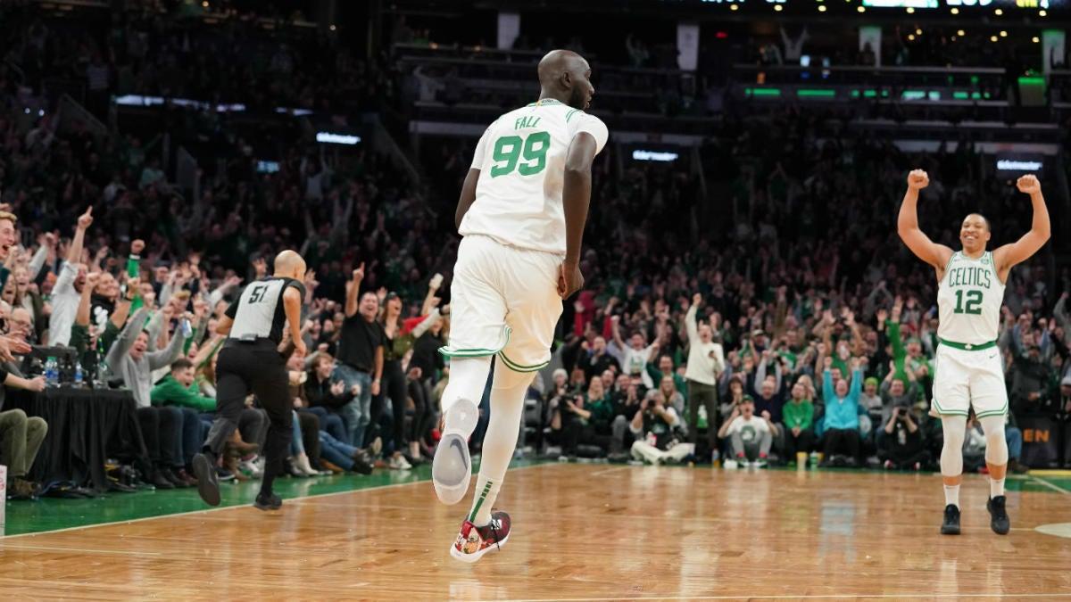 Celtics Tacko Fall Puts Up Career High After Boston Crowd Begs Brad Stevens To Put Him In Vs Pistons Cbssports Com