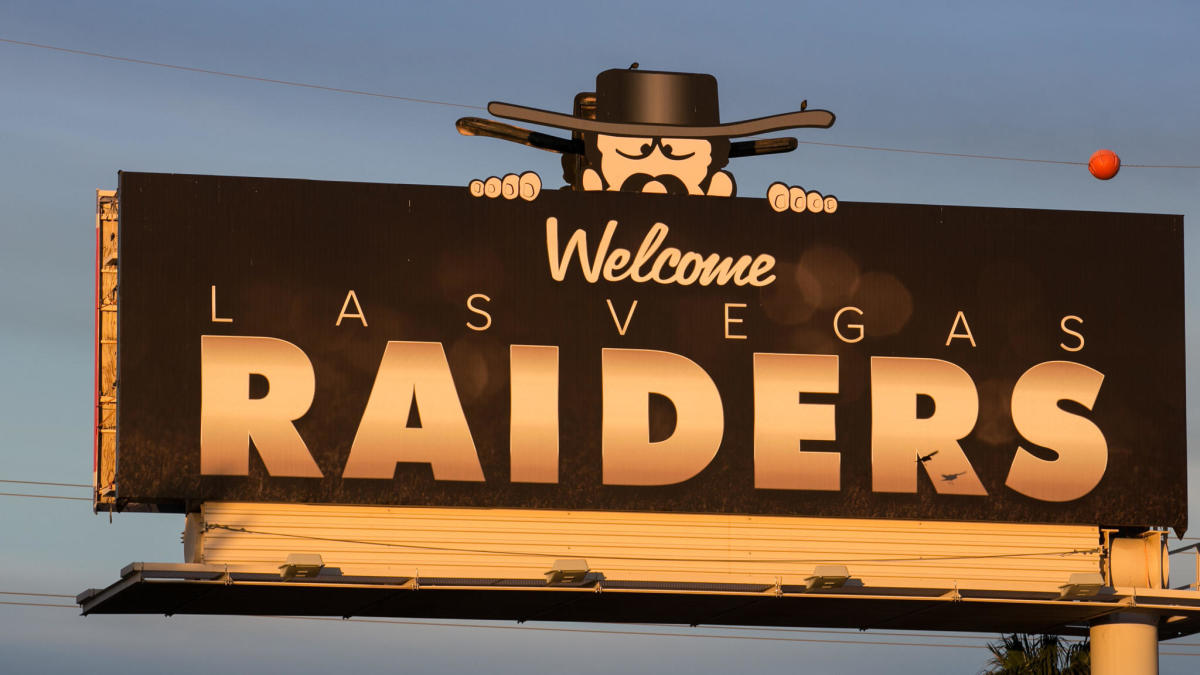 Twitter Reacts To First Look At Raiders New Stadium In Las Vegas Cbssports Com