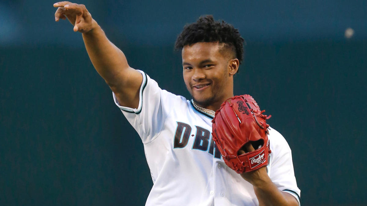 Cardinals' Kyler Murray open to having dual NFL and MLB careers, but current contract forbids it