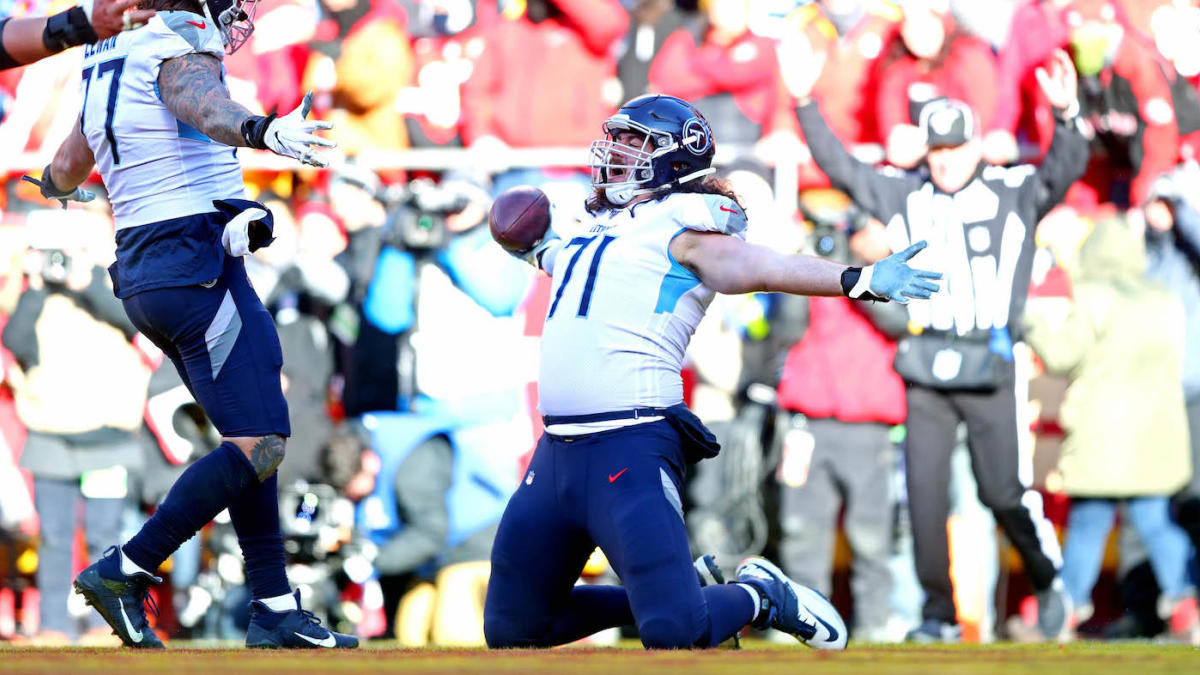 NFL Playoffs 2020: Titans offensive tackle Dennis Kelly makes history in AFC Championship Game against Chiefs