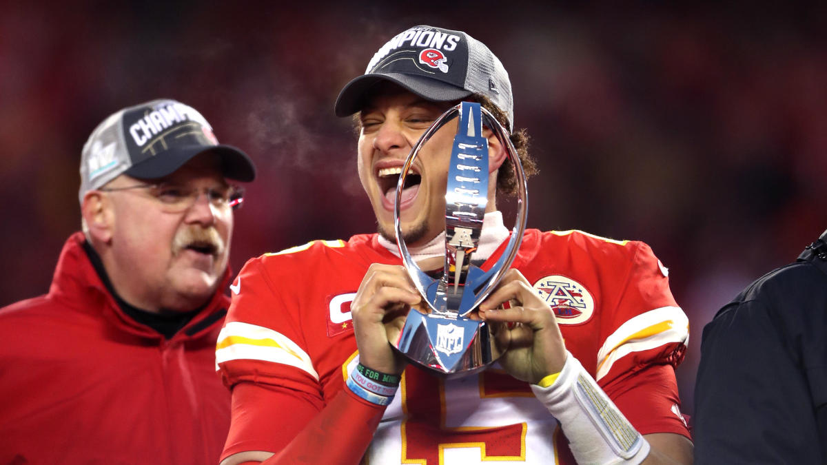 Super Bowl 2020 odds, spread, line: Chiefs remain slight favorites in close-call matchup vs. 49ers