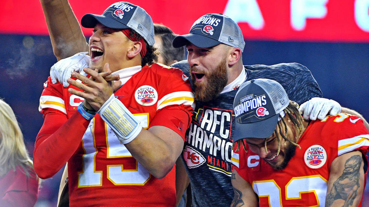 LeBron James, Travis Kelce, other athletes react to Patrick Mahomes' record-breaking extension with Chiefs - CBSSports.com
