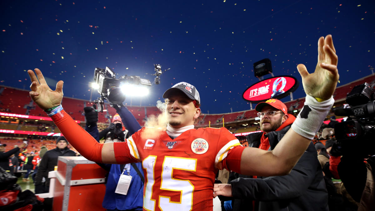 Super Bowl 2020 prediction: Patrick Mahomes proves too much for 49ers defense in high-scoring Super Bowl LIV