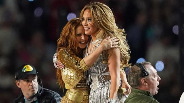 Super Bowl 2020 Halftime Show And Set List Watch Jennifer Lopez And Shakira Take The Stage In Miami Cbssports Com