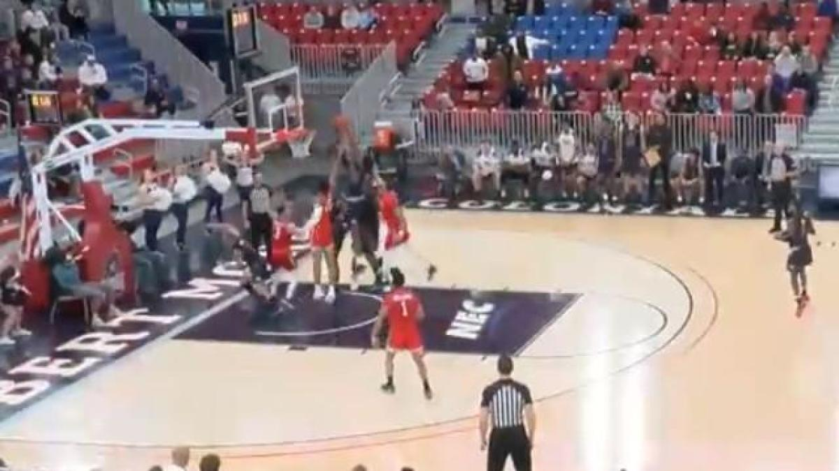 WATCH: Last-second putback and questionable no-call gives Fairleigh Dickinson an upset over Robert Morris