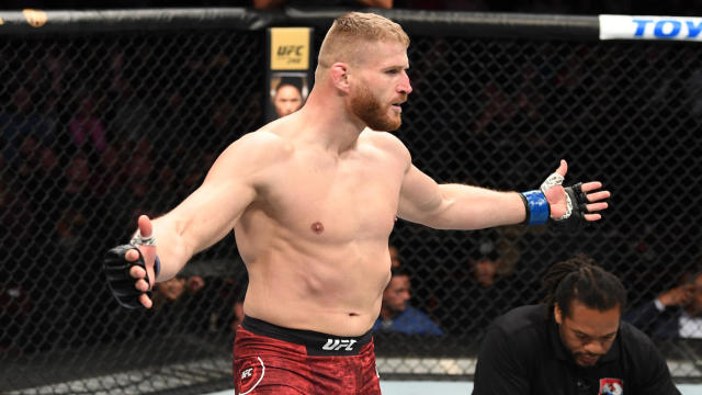 Польский боец Ян Блахович стал чемпионом UFC
