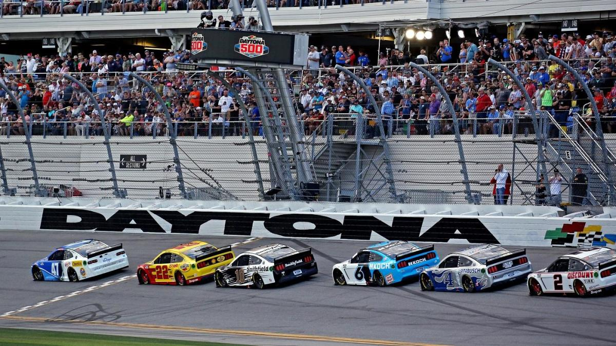 2020 Daytona 500 Postponed Race Will Resume On Monday Afternoon Due To Weather Cbssports Com