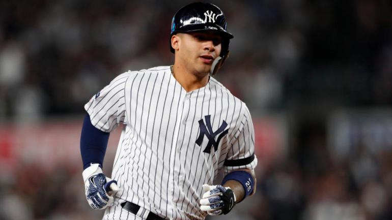 Sieben Teammitglieder der New York Yankees, die vollständig gegen COVID-19 geimpft waren, wurden positiv auf das Virus getestet.
