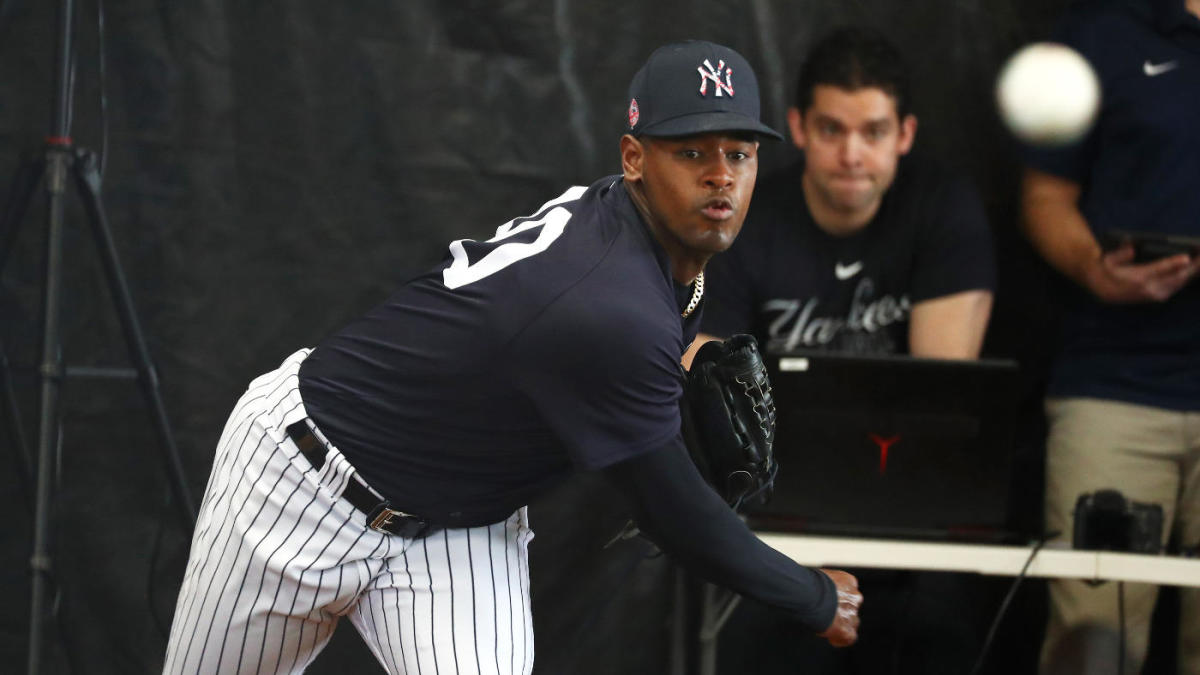 Yankees' Luis Severino shut down with forearm tightness, may not be ready for Opening Day