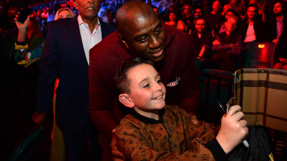 Deontay Wilder vs. Tyson Fury 2: Patrick Mahomes, Mike Tyson among celebrities in attendance for title fight