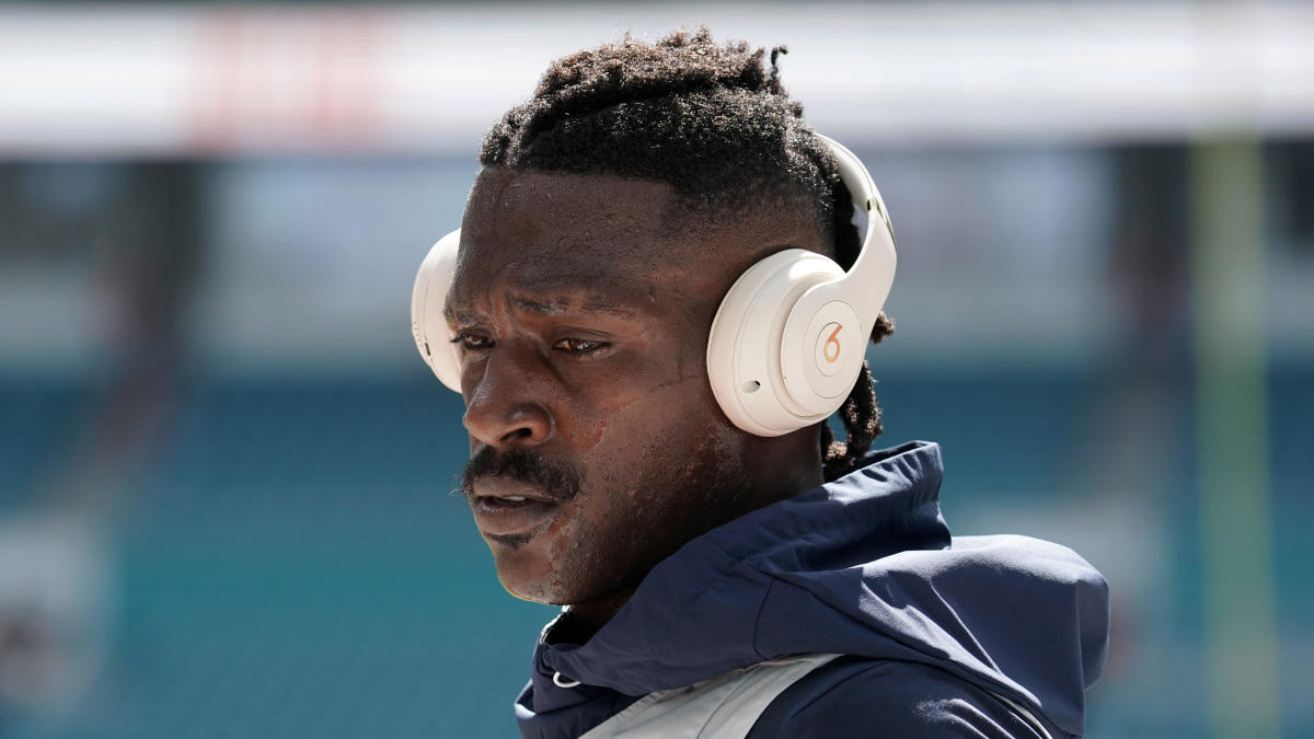 Seahawks discussing potential Antonio Brown signing, while Ravens unlikely to pursue receiver, per reports - CBS Sports thumbnail