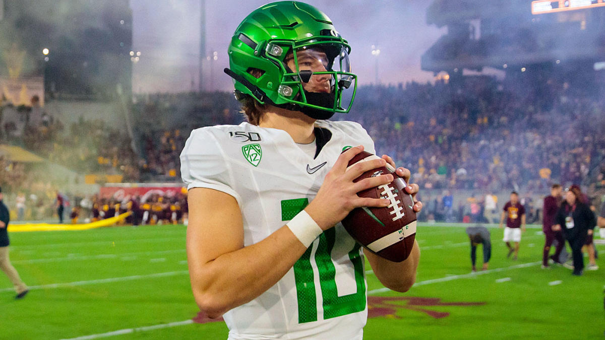 Giants have spent 'a lot of time' researching Oregon quarterback ...