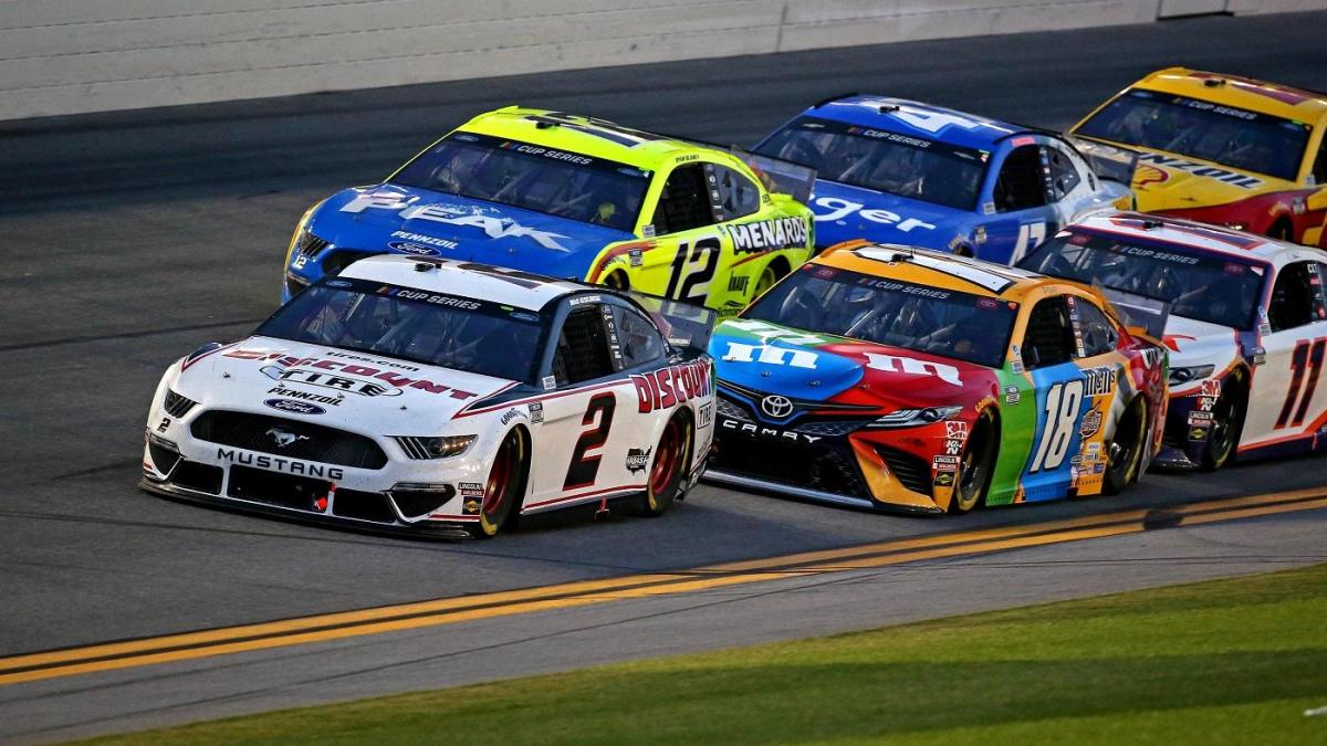 NASCAR at Charlotte odds, predictions: 2020 Alsco Uniforms 500 picks from model that nailed the Daytona 500