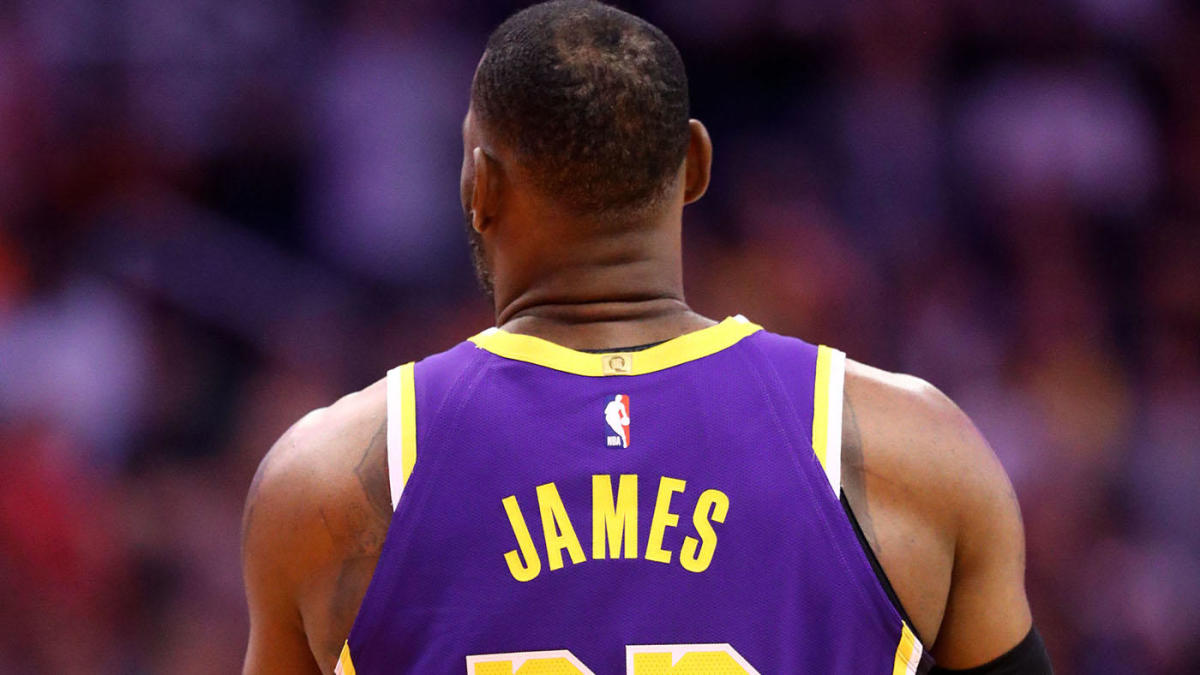 LeBron James to put his own name on back of jersey rather than NBA-approved social justice message