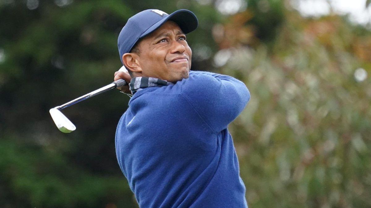 tiger woods score  early start brings success as 68