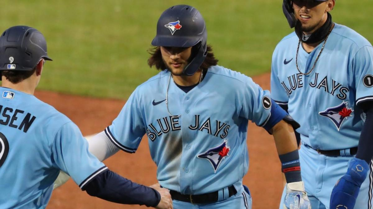 Blue Jays homer seven times, lose vs. Marlins; Bo Bichette also makes history as part of wild slugfest