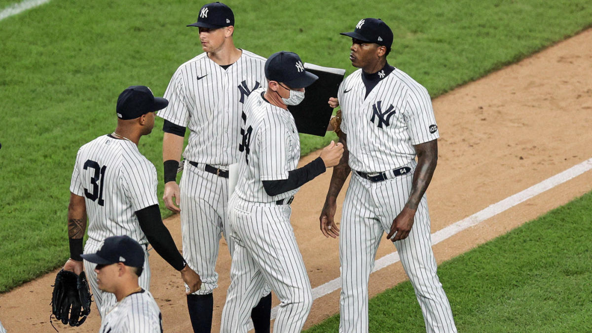 Rays manager Kevin Cash hints at retaliation after Yankees' Aroldis Chapman nearly hits batter in head – CBS Sports