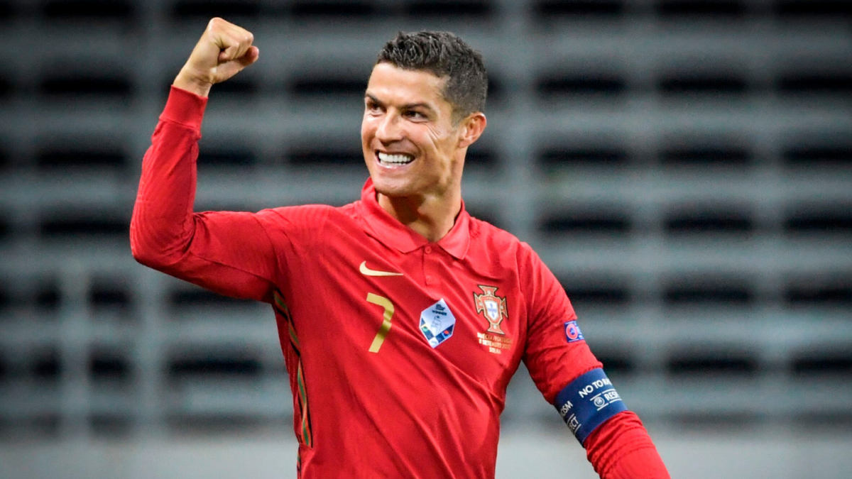 Cristiano Ronaldo Scores 100th International Goal For Portugal Becoming Second Men S Player To Hit Milestone Cbssports Com