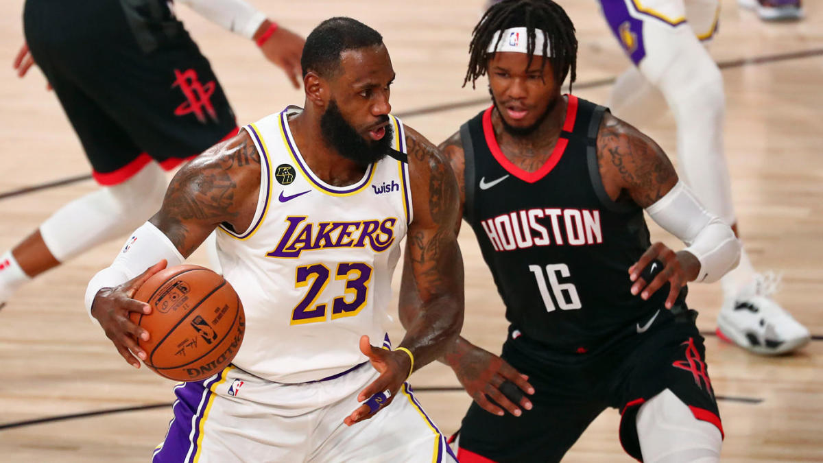 Photo of Lakers vs. Rockets score, takeaways: LeBron James gets L.A. started, 'Playoff Rondo' brings it home in Game 3 – CBSSports.com | CBSSports.com