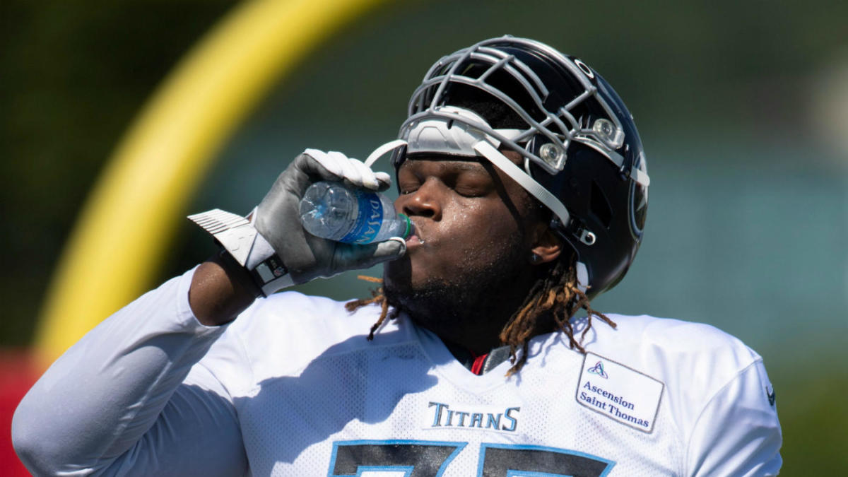 Titans reportedly trade former first-round tackle Isaiah Wilson to the Dolphins - CBS Sports