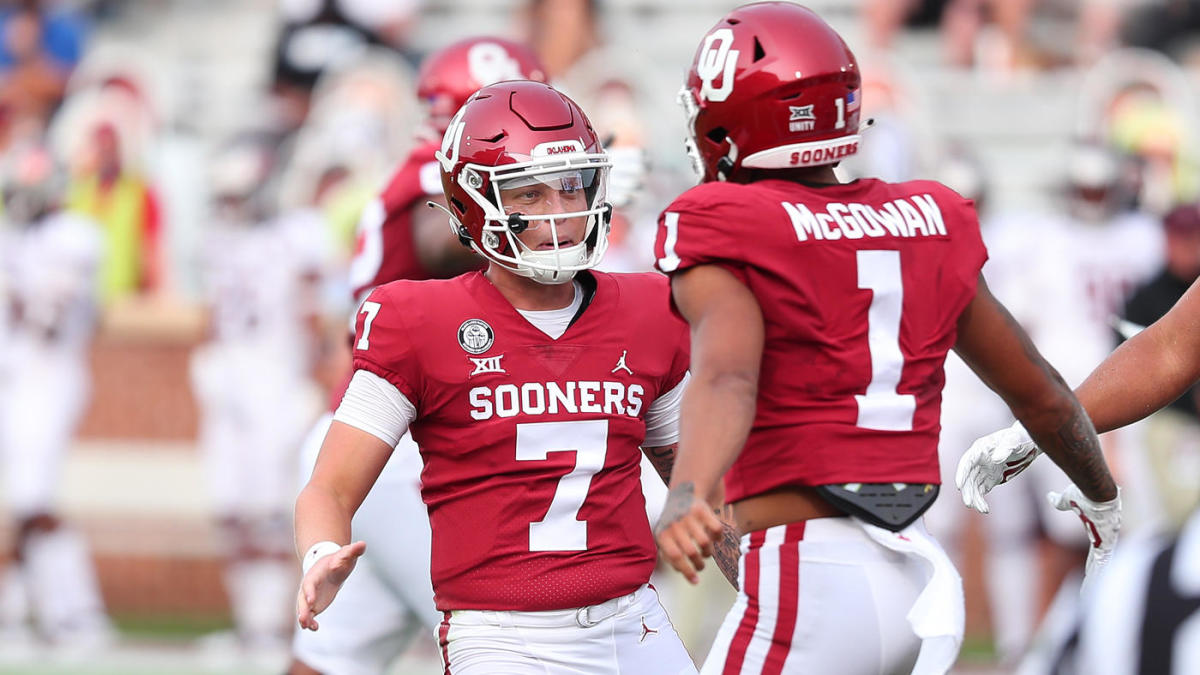 College Football Scores Ncaa Top 25 Rankings Week 2 Texas Ehlinger Oklahoma S Rattler Dominant In Wins Cbssports Com