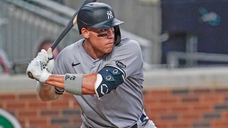 MLB: Game Two-New York Yankees at Atlanta Braves