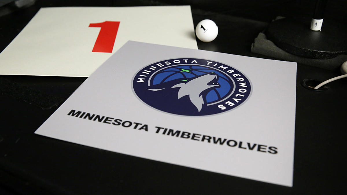 2020 NBA Draft: Wolves unsure whether to use No. 1 pick or trade it in fear of 'messing up' again, per report