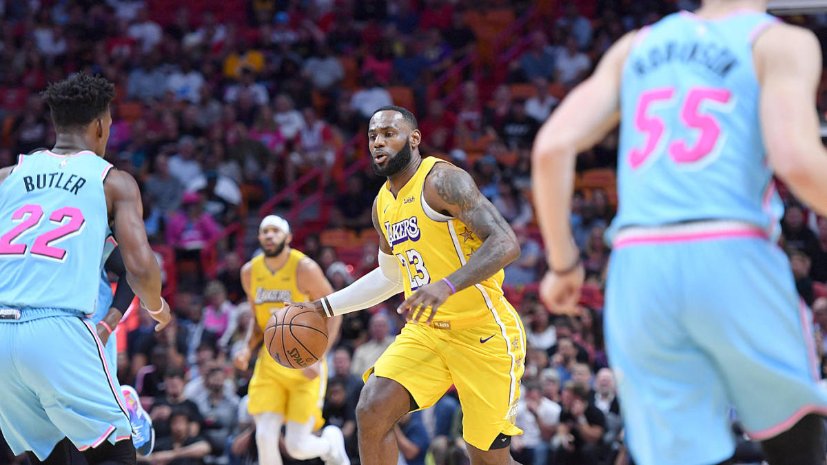 Lakers Heat 2020 Nba Finals Game 1 Prop Bets Expect Lebron James To Take Advantage Of Miami S Zone Defense Cbssports Com