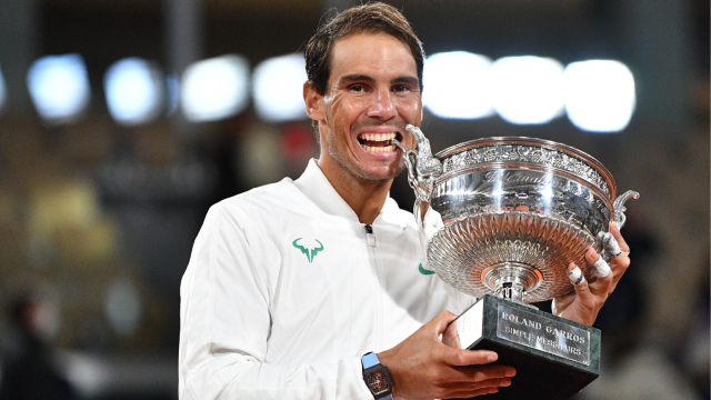 Rafael Nadal wins 13th French Open title, ties Roger Federer with 20th Grand Slam - CBSSports.com