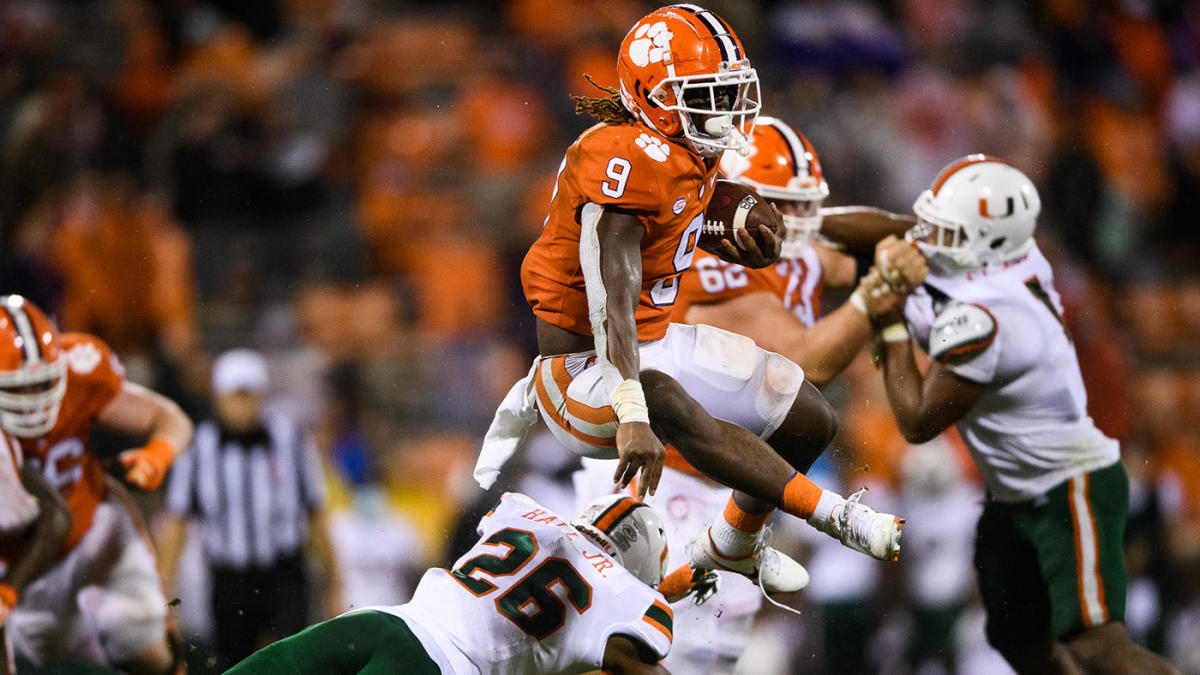 Clemson Vs Miami Score Takeaways No 1 Tigers Suffocate Canes In Blowout Victory To Remain Atop Acc Cbssports Com