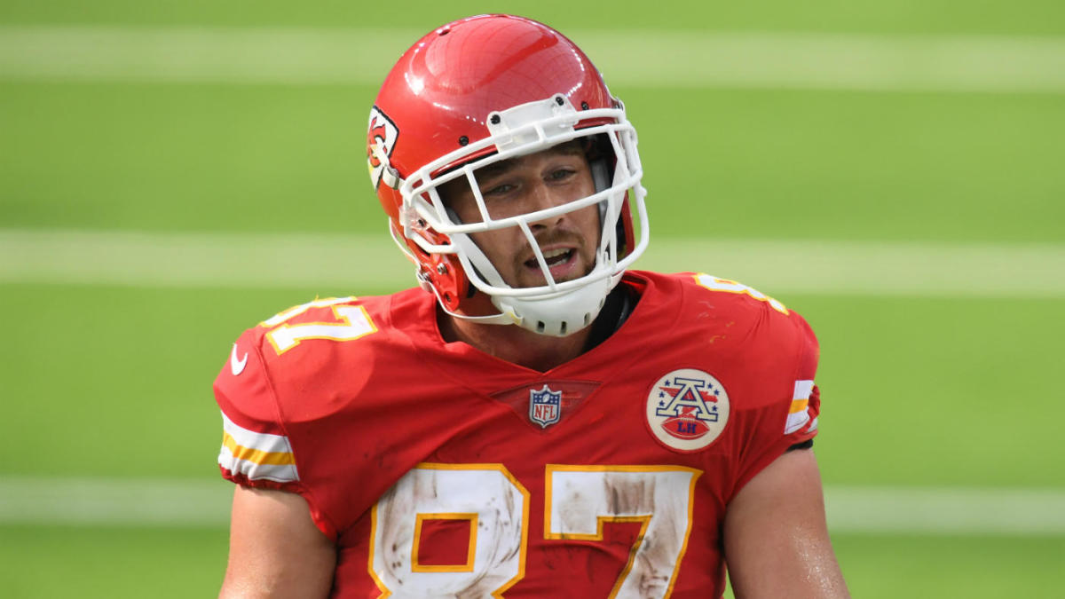 Agent's Take: Travis Kelce, Amari Cooper contracts among six flawed 2020 deals