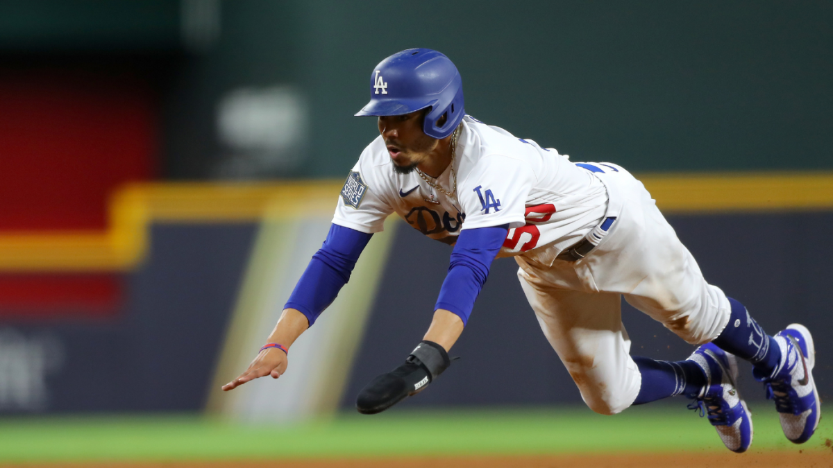 Mookie Betts sparks World Series rally for Dodgers, wins free tacos for America with stolen base