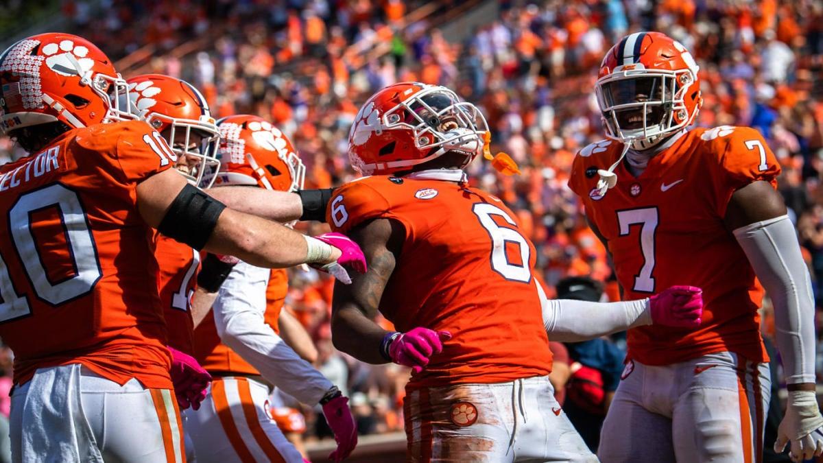 College football scores, NCAA top 25 rankings, Week 8 ...