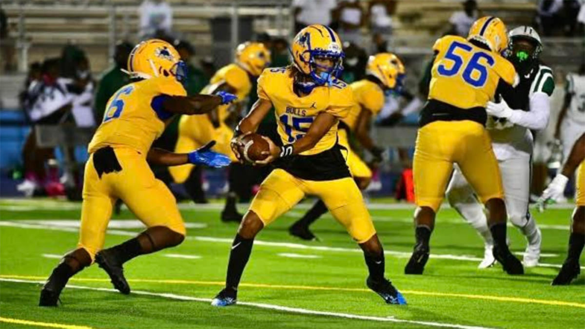 High school football rankings: IMG Academy, Northwestern to meet in huge MaxPreps Top 25 showdown