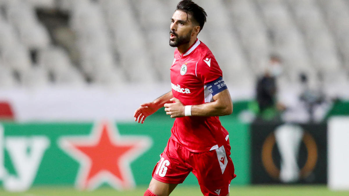 UEFA Europa League produces another crazy goal from halfway line -- this time from Jordi Gomez vs. PSV