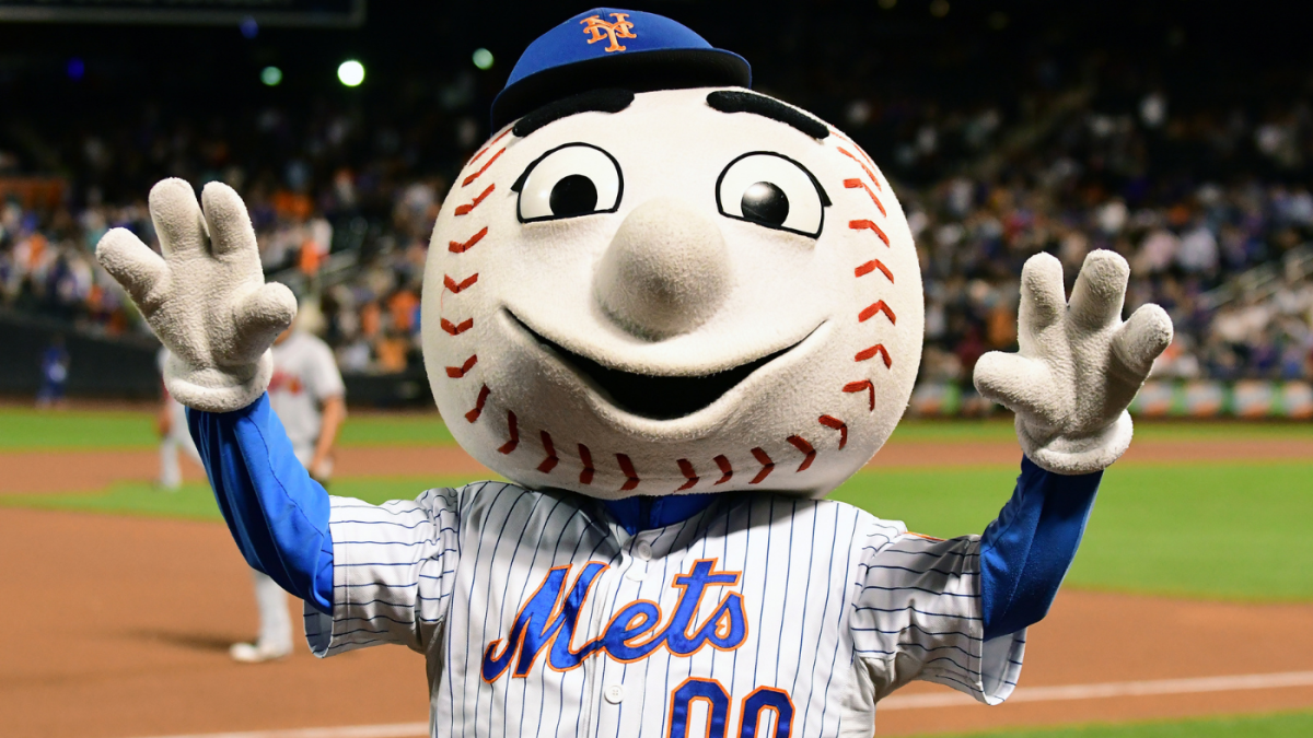 Incoming Mets owner Steve Cohen is fielding fan requests, and he could introduce an Old Timers' Game