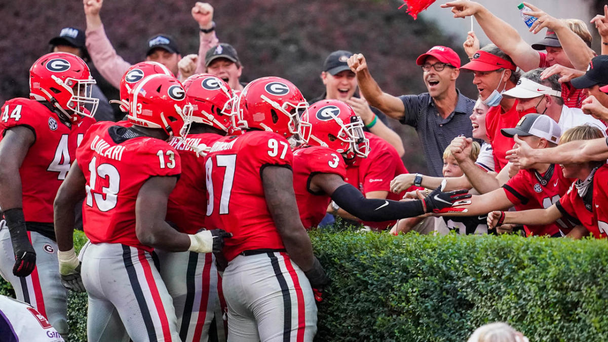 College Football Playoff Rankings reactions: Georgia overrated BYU underrated in first top 25 of season – CBS Sports