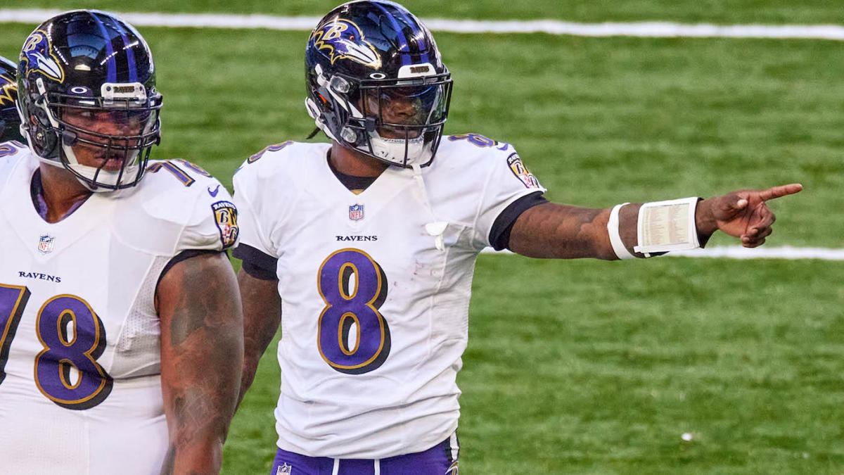 NFL Week 10 odds, picks: Lamar Jackson blows out Patriots in primetime, Tua gets edge over Justin Herbert