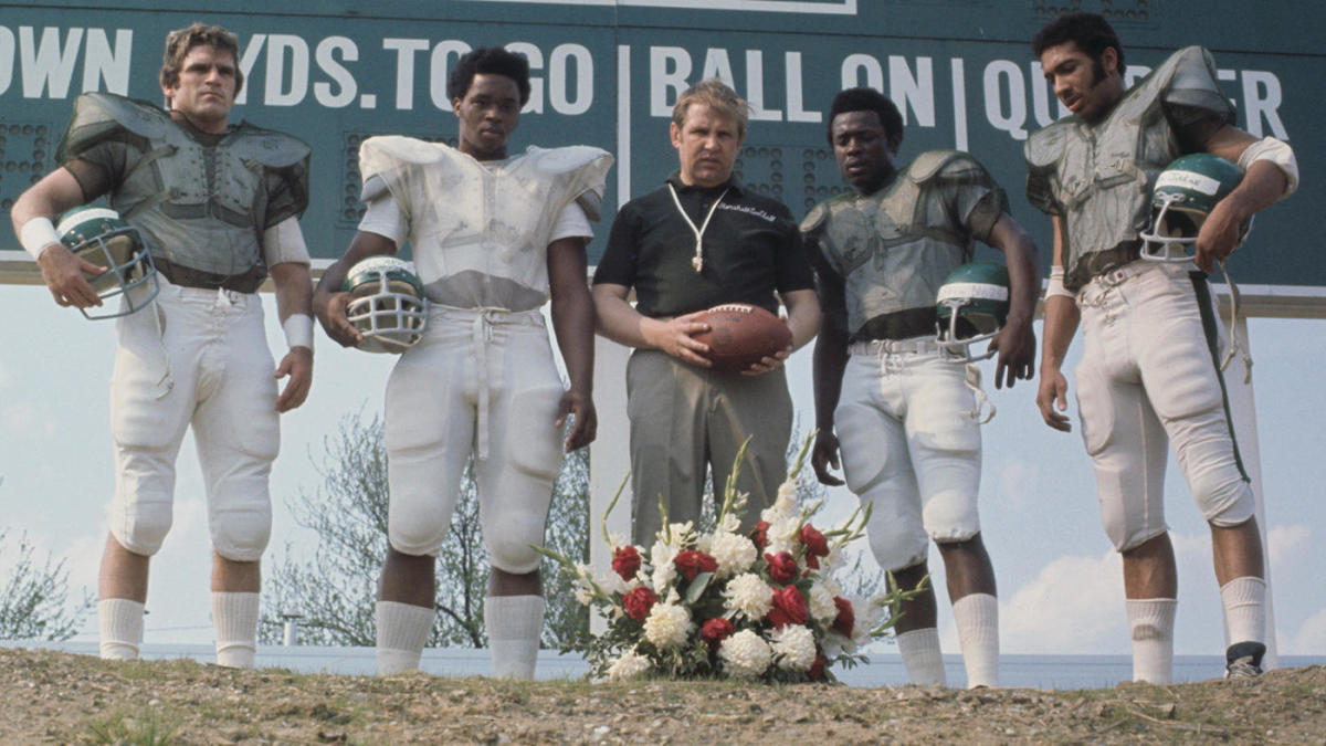 They Are Marshall 50 Years After The Plane Crash Those Closest To The Tragedy Are Still Healing Cbssports Com