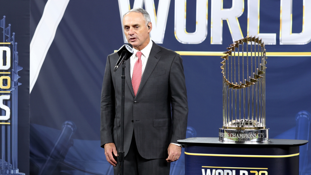 Why MLB's current playoff format deserves to be tweaked but not because of the 100-win Dodgers and Giants – CBS Sports