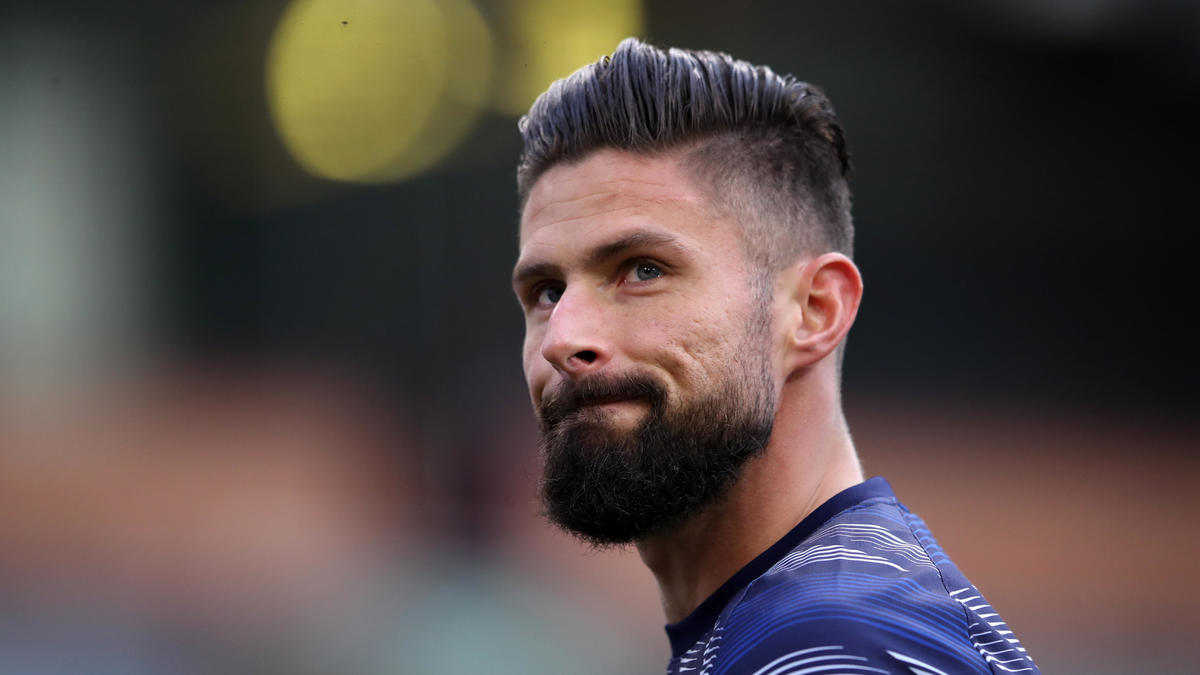 Chelsea transfer rumors: Olivier Giroud willing to leave as French striker  struggles for minutes - CBSSports.com