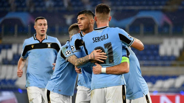Lazio Vs Club Brugge Score Lazio Sneak Past 10 Man Club Brugge As Borussia Dortmund Secure Top Group F Spot Cbssports Com