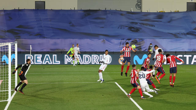 Real Madrid Vs Atletico Madrid Score Casemiro And Dani Carvajal Fire Zinedine Zidane S Side To Victory Cbssports Com