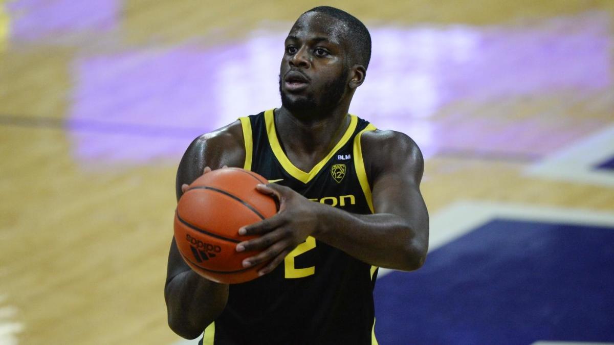 Ucla Vs Oregon Odds Line 2020 College Basketball Picks Dec 23 Predictions From Proven Computer Model Cbssports Com