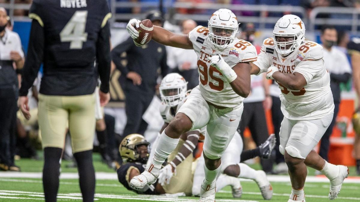 Texas vs. Colorado score: After injury to QB Sam Ehlinger, Longhorns freshmen turn heads in Alamo Bowl rout