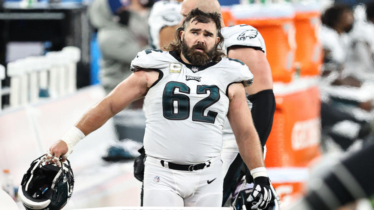 Jason Kelce defends Doug Pederson says no Eagles were confrontational over Week 17 QB switch – CBS Sports