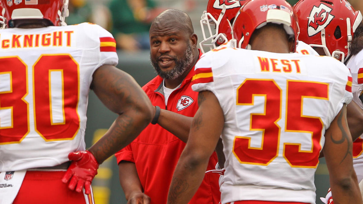 Andy Reid hopes Eric Bieniemy lands head coaching position in NFC, where there's only one job available